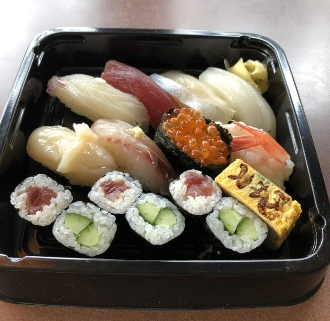 寿司割烹 とみ岡